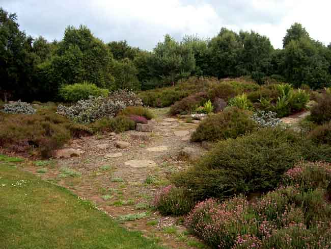 University Of Dundee Botanic Garden - Scotland - Gardens Parks Squares And Open Spaces ...
