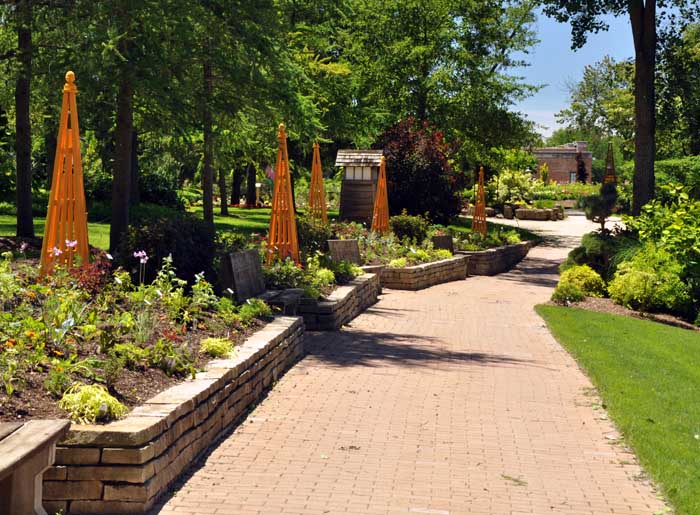 Rotary botanical garden gardens parks squares and open for Formal japanese garden